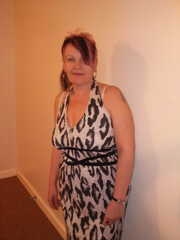 trace6dd1ee, 51, from Leeds is a local granny looking for